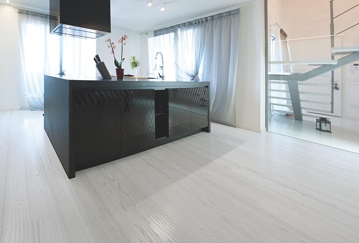 Parquet day il mondo dei pavimenti in legno si riunisce a - Pavimenti in legno per cucina ...